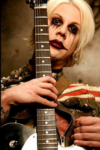 photo-John-5-guitar-Rob-Zombie-Sick-Bubblegum