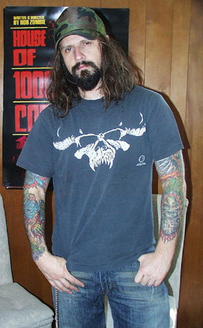 photo-Rob-Zombie-film-director-House-of-1000-Corpses