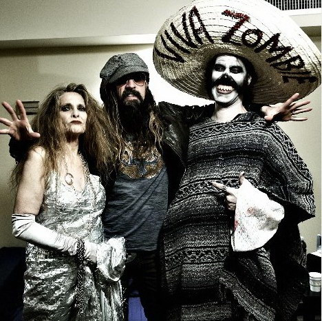 photo-Rob-Zombie-vocal-band-Rob-Zombie-Dead-Girl-Superstar