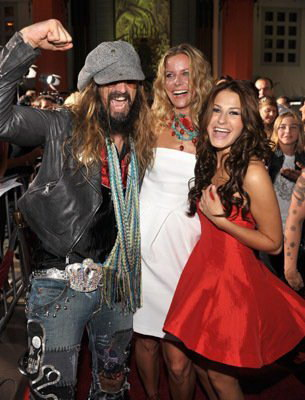photo-Rob-Zombie-vocal-band-Rob-Zombie-The-Scorpion-Sleeps