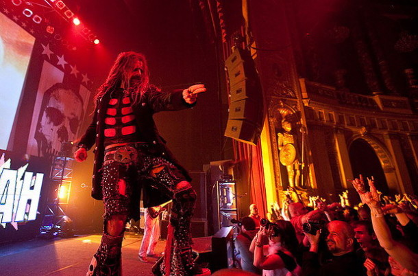 photo-2009- Hellbilly-Deluxe-rob-zombie