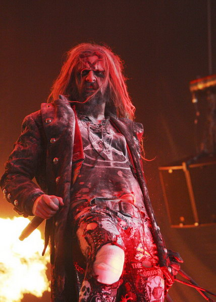 photo-rob-zombie-concert-2010-Cease-to-Exist
