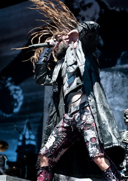 photo-rob-zombie-tour-2012-Mars-Needs-Women