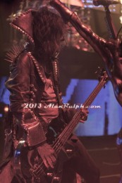 photo-Piggy-D-bass-guitar-Wednesday-13-Rob-Zombie