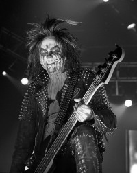 photo-Piggy-D-bassist-Rob-Zombie-Hellbilly-Deluxe-2