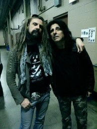photo-Rob-Zombie-vocal-band-Rob-Zombie-Sawdust-in-the-Blood