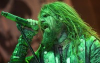 photo-rob-zombie-concert-2010-Jesus-Frankenstein