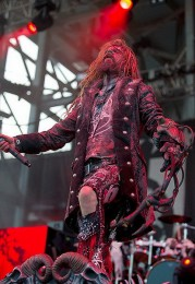 photo-rob-zombie-live-2010-Virgin-Witch