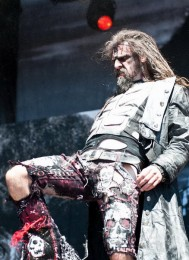photo-rob-zombie-live-2012-Mars-Needs-Women