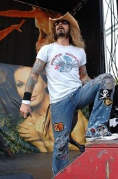 photo-live-rob-zombie-band-personal
